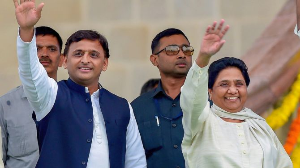 'Never visited or called', Mayawati lashes out at Akhilesh