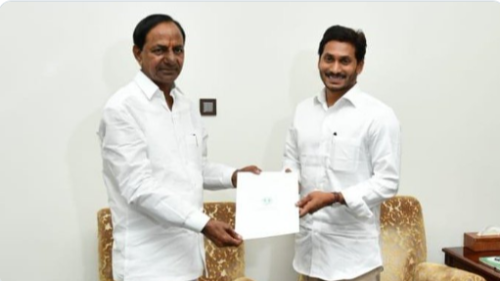 Jagan accepts KCR's invitation
