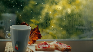 Avoid these food items in monsoon