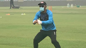 Ahead of Delhi T20, Bangladesh players train with a mask on