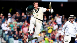 Warner surpasses Bradman, becomes the 7th Aussie to score a triple ton